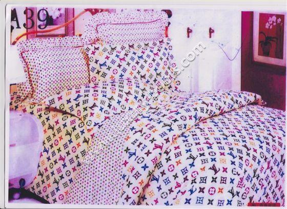 pink louis vuitton beddingbedding sets pink lv 39566 replica louis vuitton bedding set h2boys0v. Black Bedroom Furniture Sets. Home Design Ideas