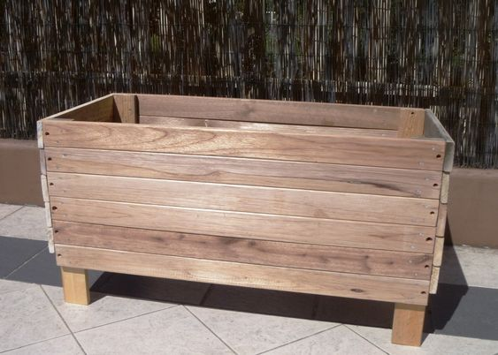 upcycle planter box diy | my collection of old reusable wood came in handy  for