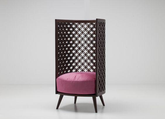 #wood #madeira #work #detalhes #detail #detalhe #details #armchair #arm #chair #poltrona #pattern #padrão #padrões #padrao #padroes  nada-debs-arabesque-chair-design-days-dubai-designboom-03