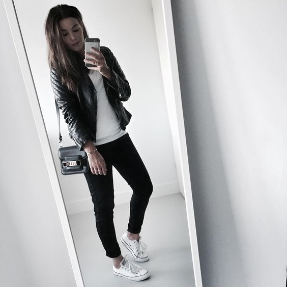 "Cindy van der Heyden på Instagram: ""Keeping things simple for a busy day #ootd"""
