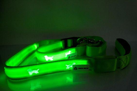 Linha PLASMA - Coleira e Guia Eletroluminescente TECH PETS® . Cor Verde.Coleiras: Tamanhos: P ,M ,G ,e EG Guia: Tamanho Único: 1,20m. www.techpets.net