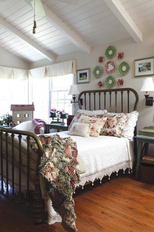 47 Farmhouse Bedroom Everyone Should Try interiors homedecor interiordesign homedecortips