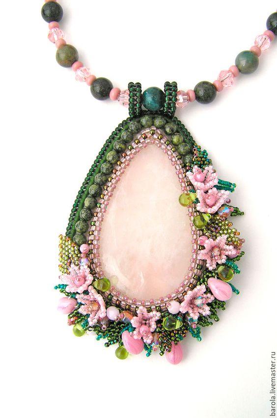 """Купить Комплект """"Весна"""" - комбинированный, розовый, зеленый, розовый кварц, цветы, розовые цветы, браслет"""