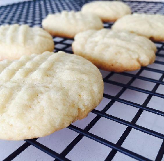 Low fat sugar cookies. | Foodstirs | Pinterest | Cookies ...