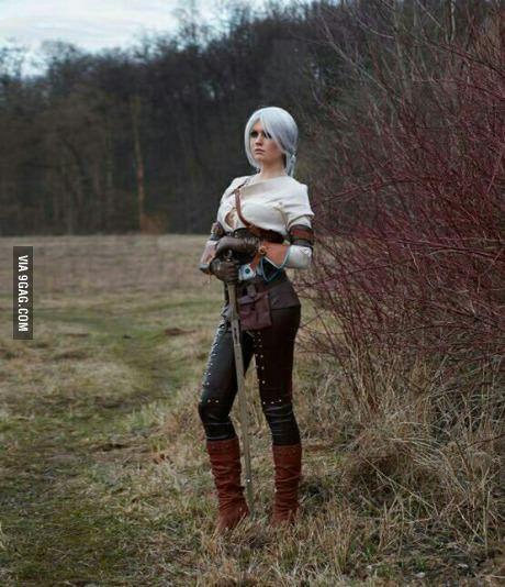 Witcher 3 Wild Hunt Ciri cosplay