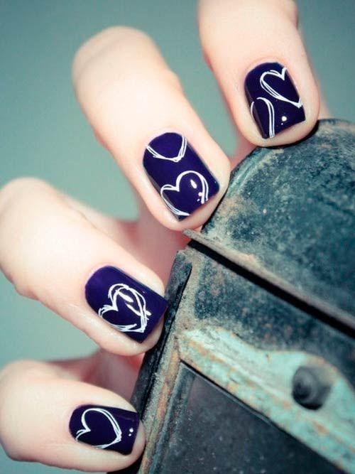 Lustiges Nageldesign mit Nagelstickern aus Filmen Monster Inc
