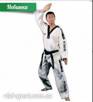 """http://vial-sport.com.ua/dobok-dlya-txekvondo-master-daedo-ta-20051  !! Добок для тхэквондо """"Master"""" #Daedo (TA 20051)  ✔ Большой выбор товаров для единоборств и спорта   ✔Конкурентные цены, акции и распродажи ⬇ Купить, подробное описание и цена здесь ⬇ http://vial-sport.com.ua/dobok-dlya-txekvondo-master-daedo-ta-20051 Компания Daedo выпустила добок «MASTER». На данный момент это самая популярная модель среди тренеров и мастеров Тхэквондо.  Добок сшит из специальной ткани. Дизайн разработан…"""