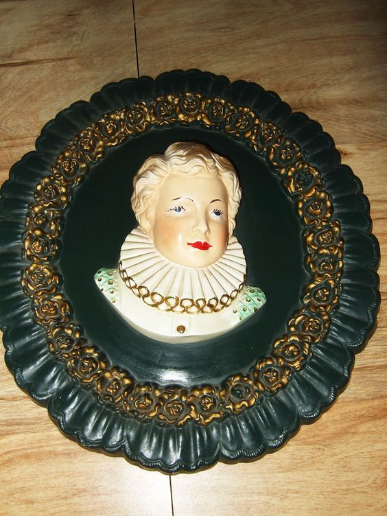 "Chalkware Plaster Victorian Man Gentleman Head Bust Oval Wall Hanging 16"" Decor"