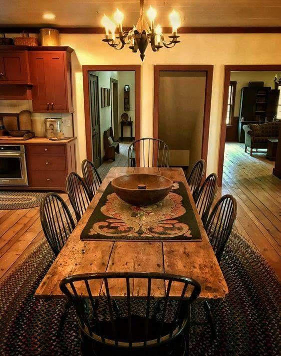Pin By Linda Kindle On Primitive Decor Colonial Dining Room Primitive Dining Rooms Farmhouse Dining