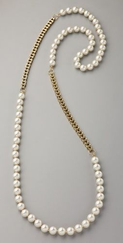 Fallon Jewelry - Classique Long Pearl Necklace - This faux pearl necklace features gold-plated bike chain details.
