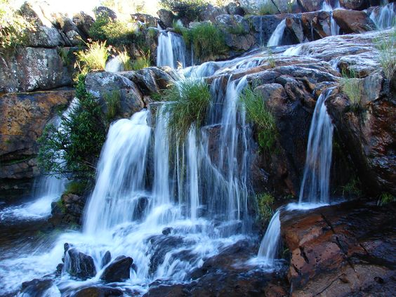 cachoeiras em minas gerais | Fica aqui uma coleção feita por mim de cascatas lindas.