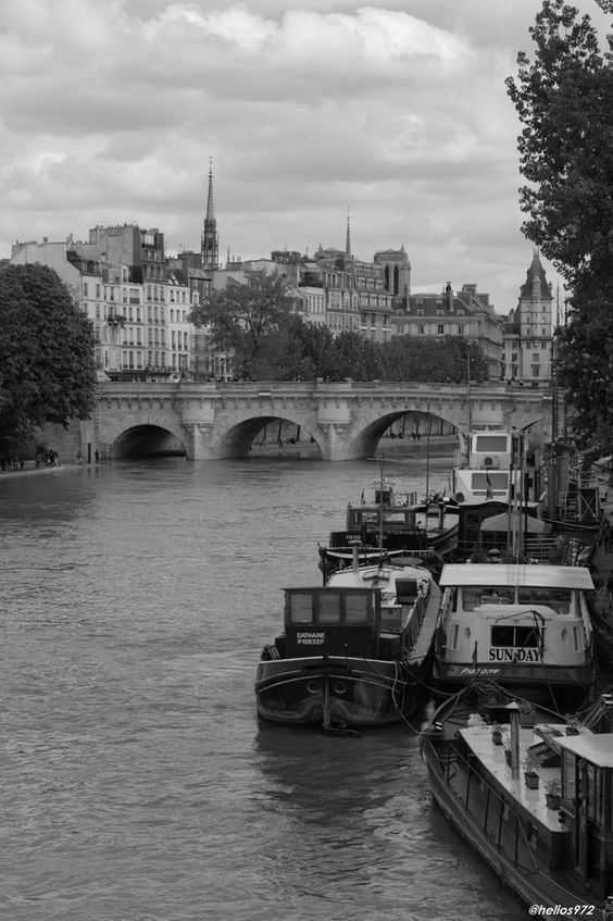 Boats in Paris  by John Helios on 500px