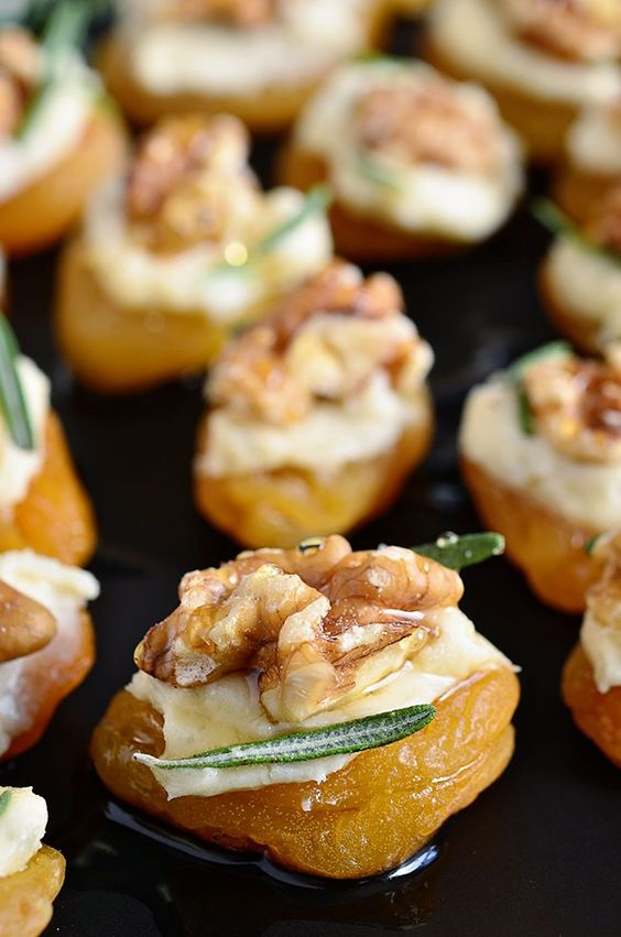 Pinterest the world s catalog of ideas for Blue cheese canape