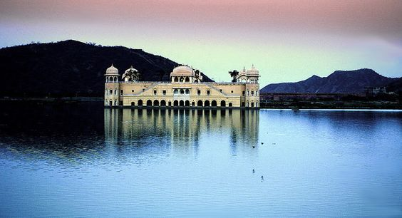 https://flic.kr/p/CkVaMX | JAAL MAHAL PRES AMBER | VIEW OF THE JAAL MAHAL
