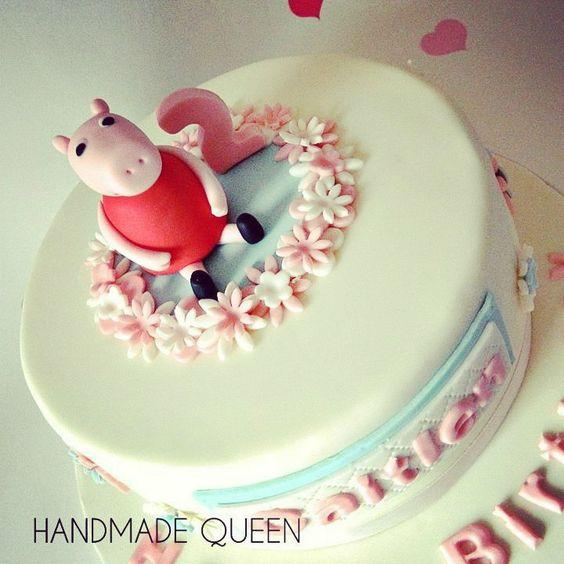 Peppa Pig Girl's Birthday cake #peppa #pig #peppapig #cake #topper