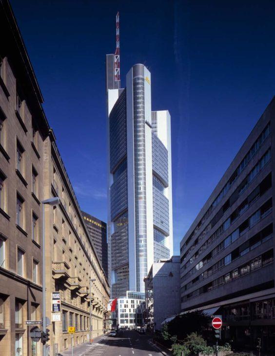 Commerzbank Headquarters | 1991-1997 | Frankfurt, Germany | Foster + Partners | photo © Ian Lambot