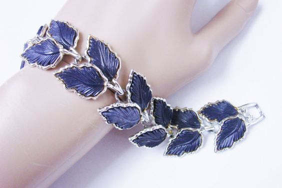 Vintage Navy Blue Textured Thermoset Link Bracelet / by JoysShop