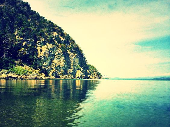 Lopez island instagram.com/bellawonder