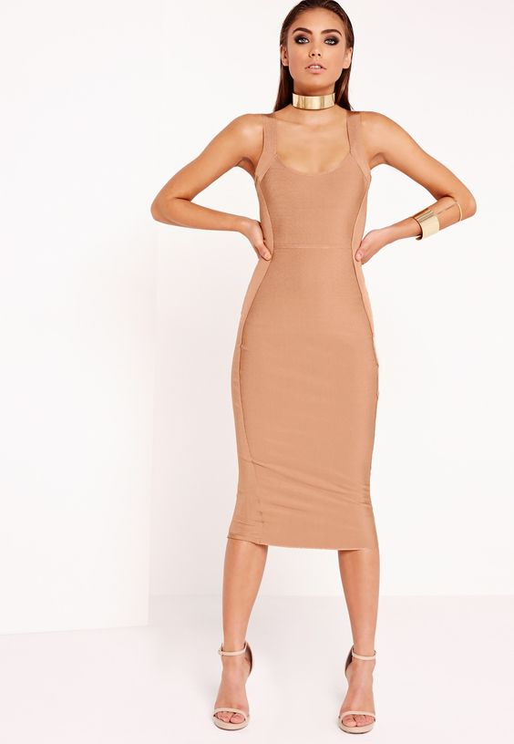 Feel like a boss-ass b*tch in our Peace + Love midi dress! In a toffee shade, this dreamy peace is defo at the top of our lust have list and will give you a killer silhouette. In our premium bandage material, square neckline style and contr...
