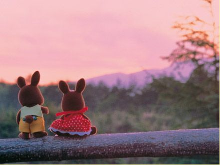 Cutest SF Wildwood siblings watching the sunset.  From an Italian Sylvanian Families line of puzzles.: