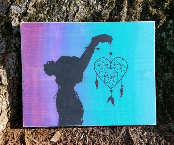 Heart dream catcher with silhouette wood sign dream for Dream catcher spray painting