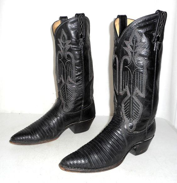 Womens 8 M Black Leather Western Cowboy by honeyblossomstudio