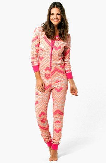 SO hard to find one-piece footless pajamas! | Want...Need...Love ...