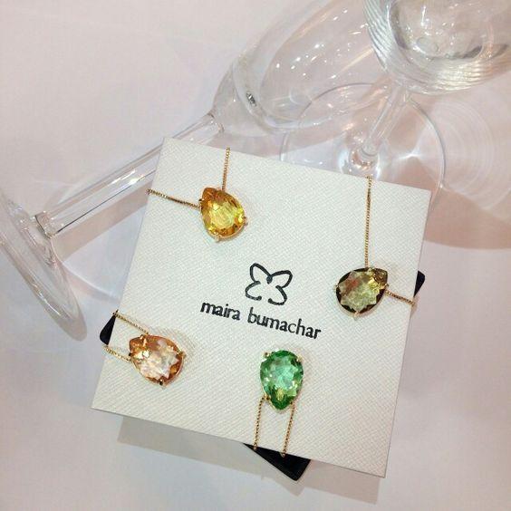 Colar Gota! #cores Encomenda de uma noiva para suas madrinhas! #superpresente #elasamam #noivasmb #noivas #mairabumachar #bridecollection #bride