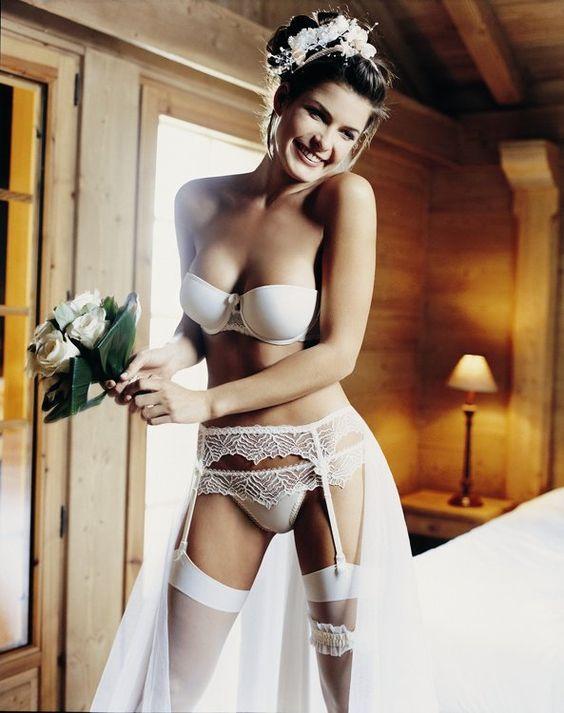 Bridal lingerie What undergarments for wedding dress shopping