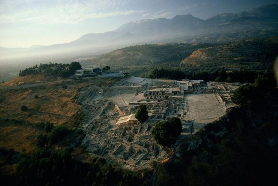 7 Ancient Mysteries Archaeologists Will Solve This Century