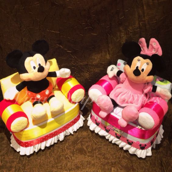 Mickey Mouse and Minnie Mouse diaper cake chairs . Ships to Canada . E-mail vivadiapercakes@gmail.com OR message via Facebook www.facebook.com/vivadiapercakes OR contact us through our website www.vivadiapercakes.com