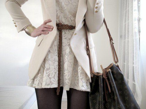 Belted [leave it hangin; lurvess it] + lace, blazer and LV!! Perfection..