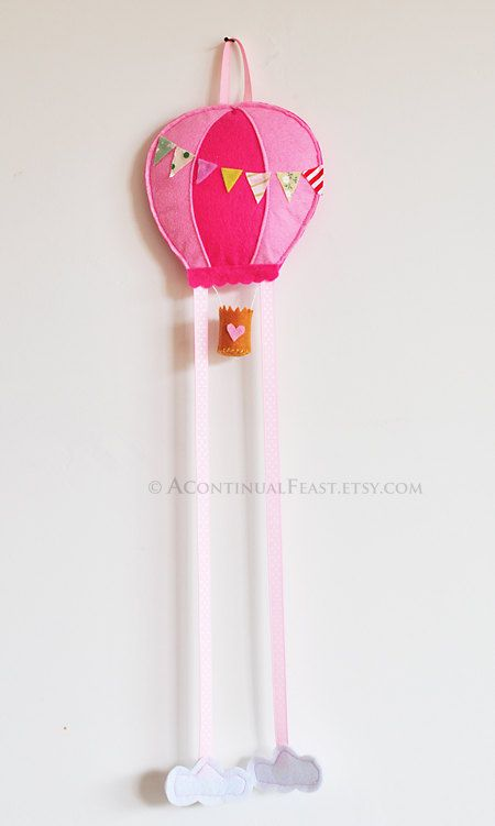 Hot Balloon Bow Holder in Sweet Pink by AContinualFeast on Etsy, $20.00