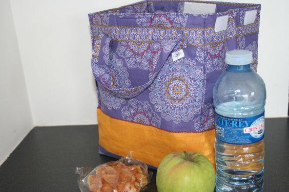 Lunch bag mauve et jaune moutarde idéal pour emporter son pique-nique de midi ou un petit goûter : Autres sacs par belleanna