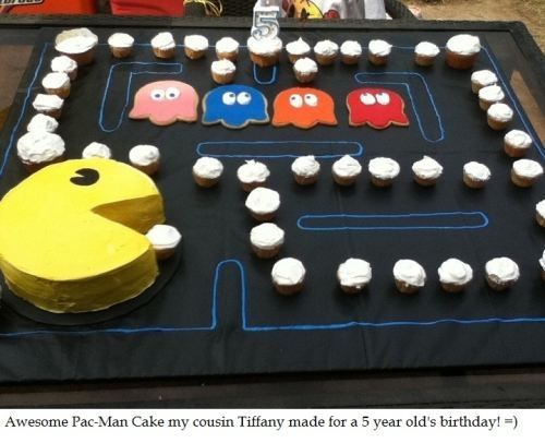 Pac Man Cake!