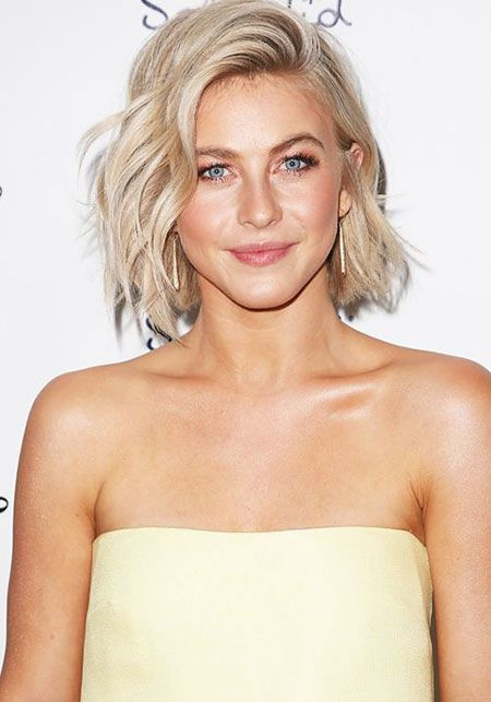 30 Pictures Of Julianne Hough With Beautiful Short Hair Woman Hairstyles Karnaval