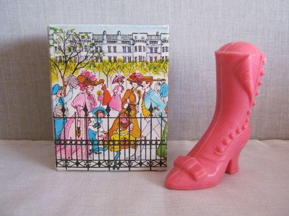 1970s vintage 'Avon' High Button shoe ...