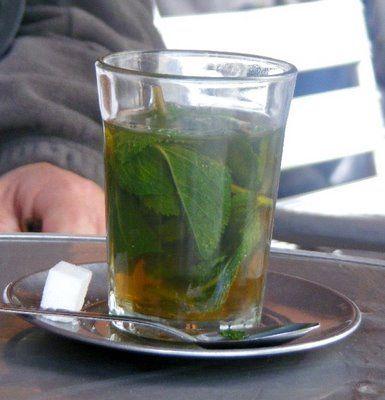 Mejores alimentos para combatir la celulitis | Té de menta