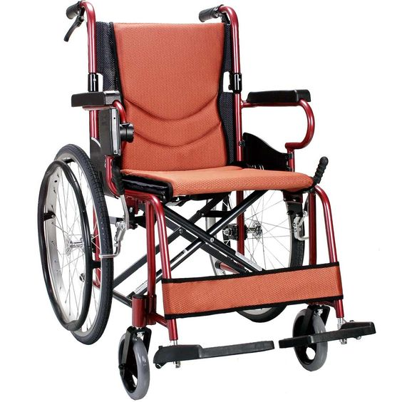 Buy Karma Km 2500L Wheelchair at Cheapest Price, Rs. 14,900 only By Senior Shelf  Super lightweight with efficient self propel function. Best in class Material Aircraft grade aluminum alloy frame. Hi Tech Design Ultra lightweight Extremely Durable 11.4kg can take upto 100Kg weight. #buywheelchair, #wheelchair, #wheelchairprice, #karmawheelchair