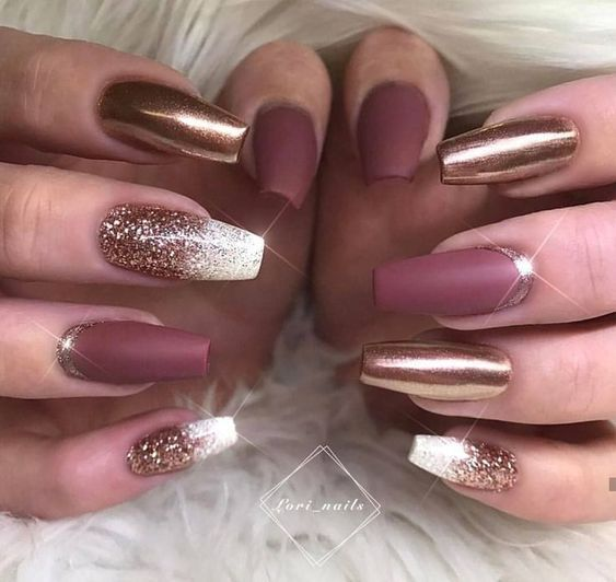 70 Attractive Acrylic Coffin Nails To Try This Fall Long Acrylic Coffin Nails Acrylic Coffin Nails Fall Glitter Burgundy Nail Art Burgundy Nails Nye Nails