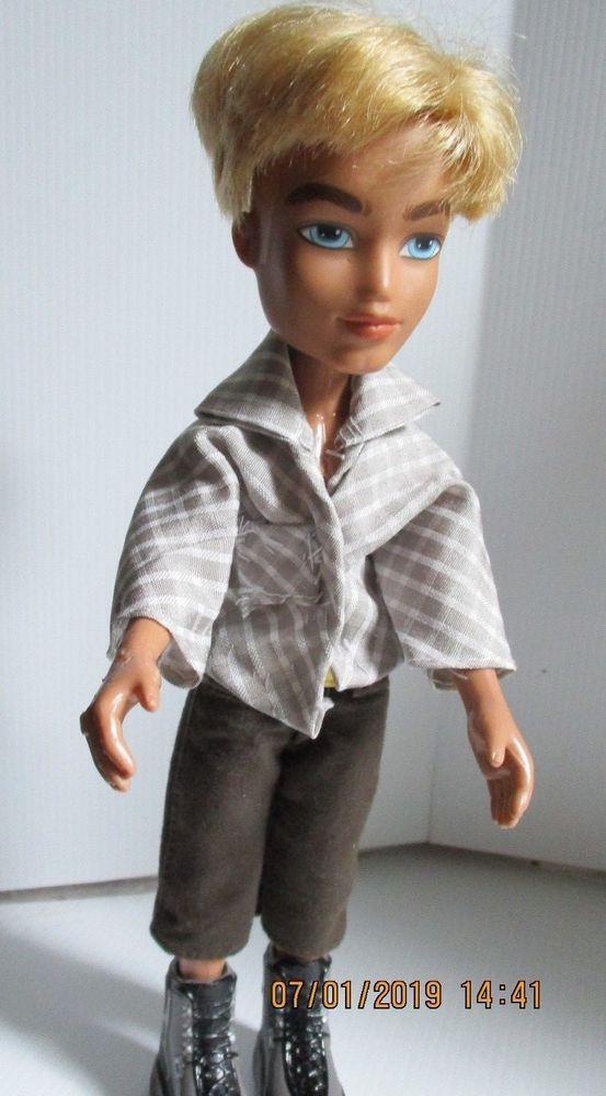 Boy Bratz Doll Blonde Hair With Shorts Shirt And Shoes Bratz Boy Bratz Dolls Bratz Doll Short Shirts