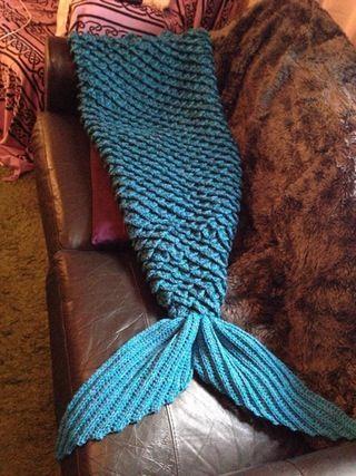 mermaid quotblanketquot knitting pinterest mermaid
