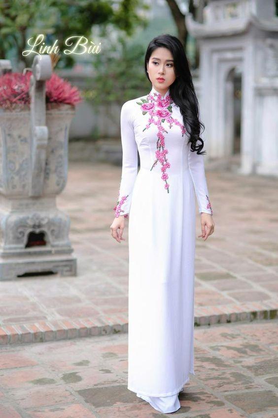 Ban thuong lua chon trang phuc cho nhung dip dac biet nhu the nao