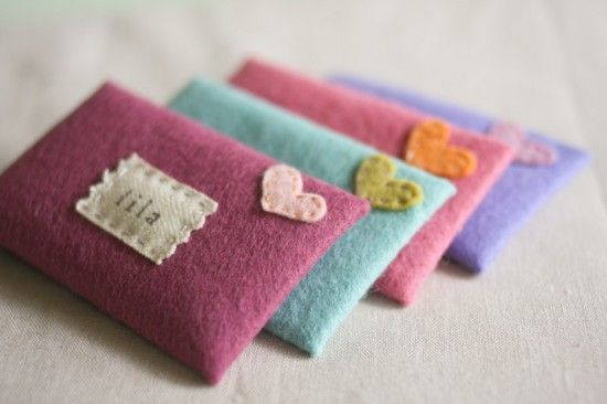 Felt envelopes + valentines