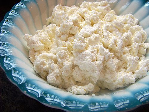 Make it Yourself: Homemade Ricotta Cheese Tutorial. Yes, it is this easy ... and so much cheaper than buying it!
