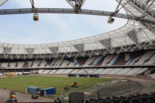"""West Ham News on Twitter: """"Pictures of the new club crest, stadium store and claret & blue seating at the Olympic Stadium:  https://t.co/CkmDyMI9RA"""""""