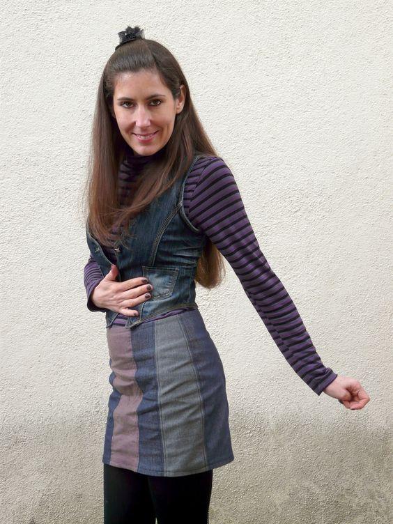 Une jupe Livie de RDC. Plus de photos sur mon blog: http://lescreationsdecaroscrap.blogspot.fr/2015/02/dahlia-francoise-livie-roxie-et-un-pull.html