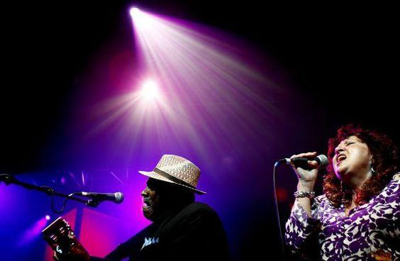 Blues Hall of Fame member Taj Mahal performs with Maria Muldaur 2009