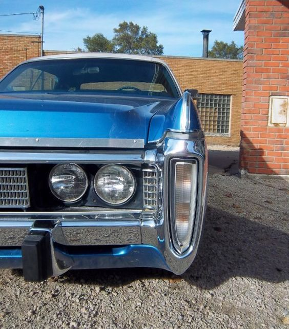 1973-Imperial-LeBaron-front