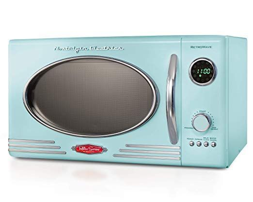 Nostalgia Rmo4aq Retro 800 Watt Countertop Microwave Oven 0 9 Cu